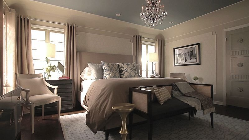 Best Jeff Lewis Bedroom Note The Color Of Ceiling Is Gray With Pictures