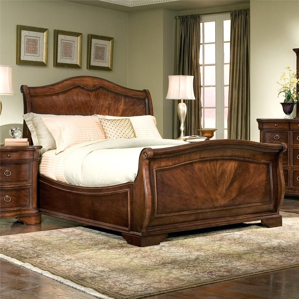 Best Heritage Court King Sleigh Bed By Legacy Classic I Am With Pictures