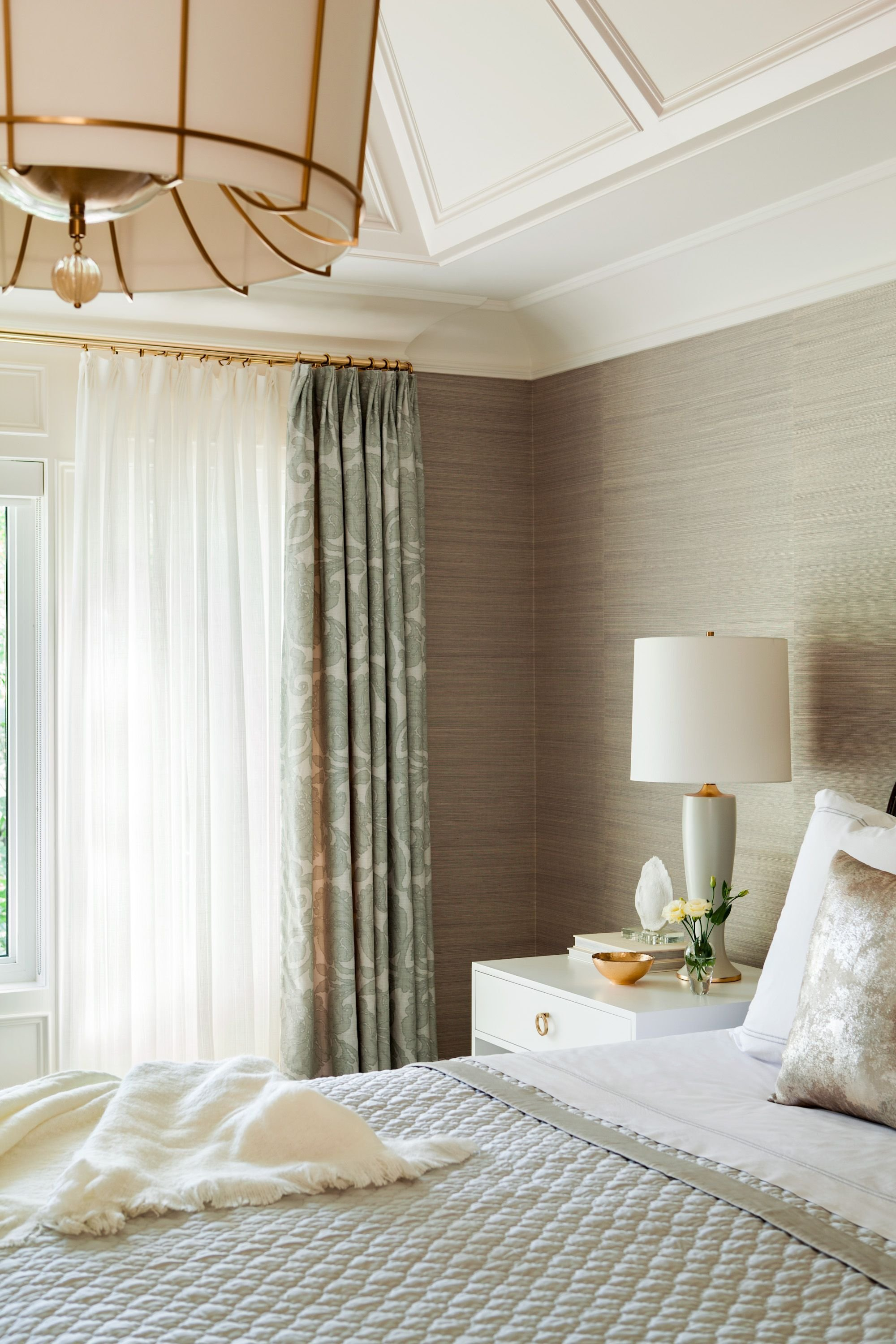 Best Grasscloth Wallpaper Brass Curtain Rods Statement Chandelier Soothing Neutrals Bedrooms With Pictures