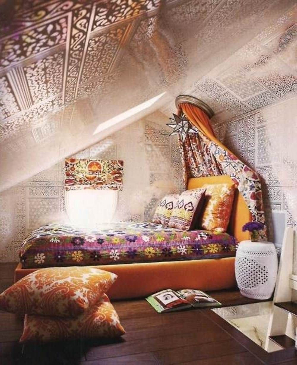 Best Attic Bedroom With A Hippie Vibe Hippie Boho Chic Style With Pictures