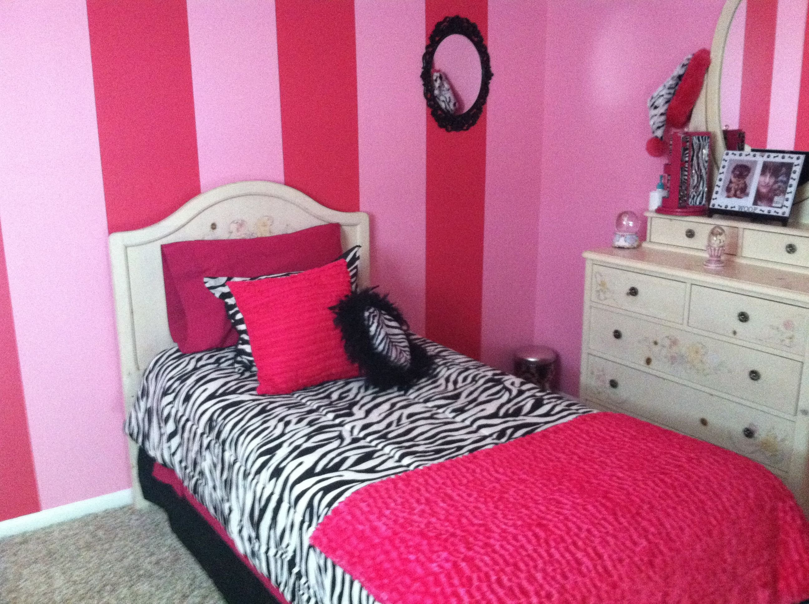 Best Pink And Zebra Girls Bedroom Payton S New Room With Pictures