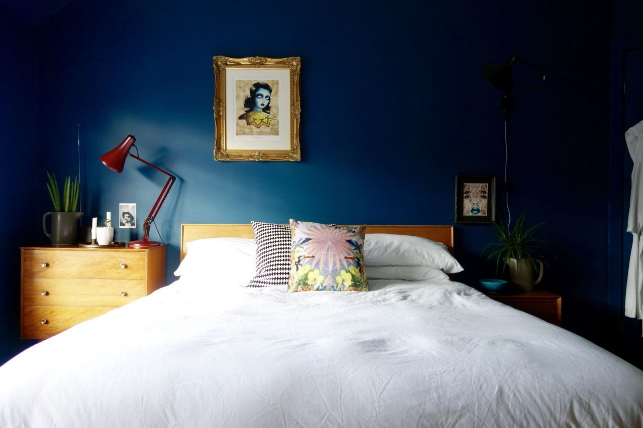 Best Midtown Magic Bedroom Final Reveal Bedrooms Mid Century Bedroom And Making Space With Pictures
