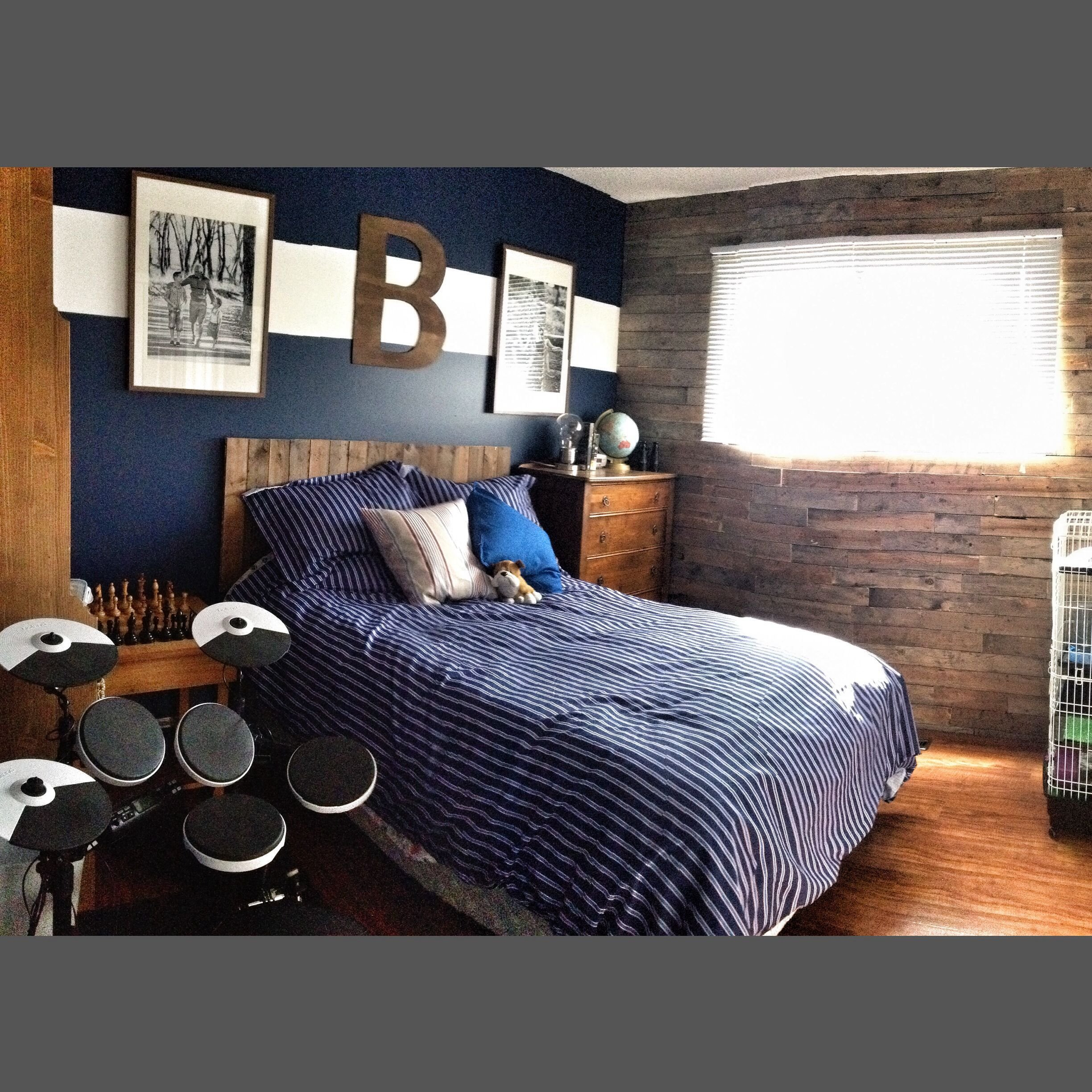 Best The 25 Best Young Mans Bedroom Ideas On Pinterest With Pictures