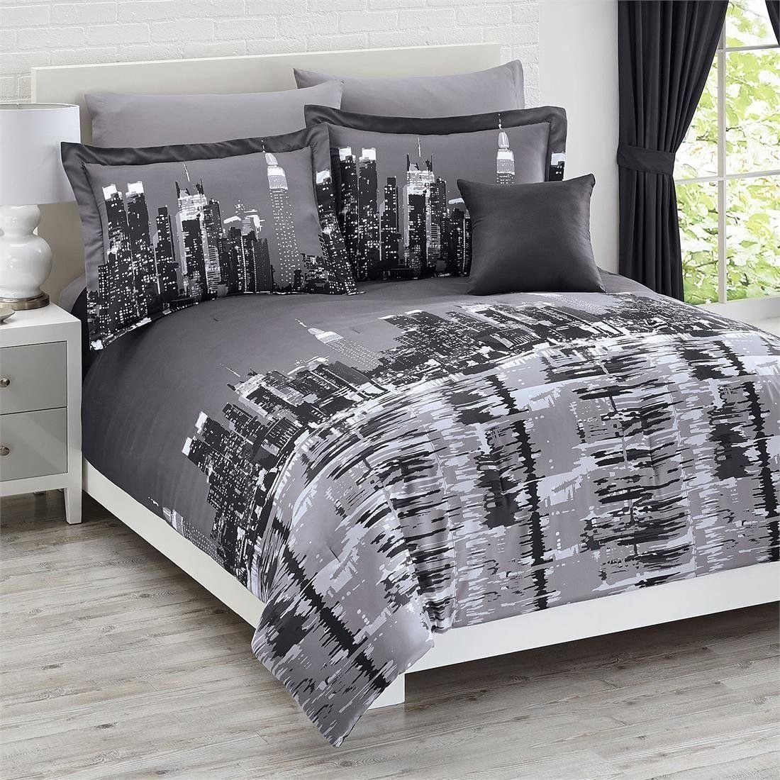 Best Total Fab New York City Skyline Bedding Nyc Themed Bedroom With Pictures
