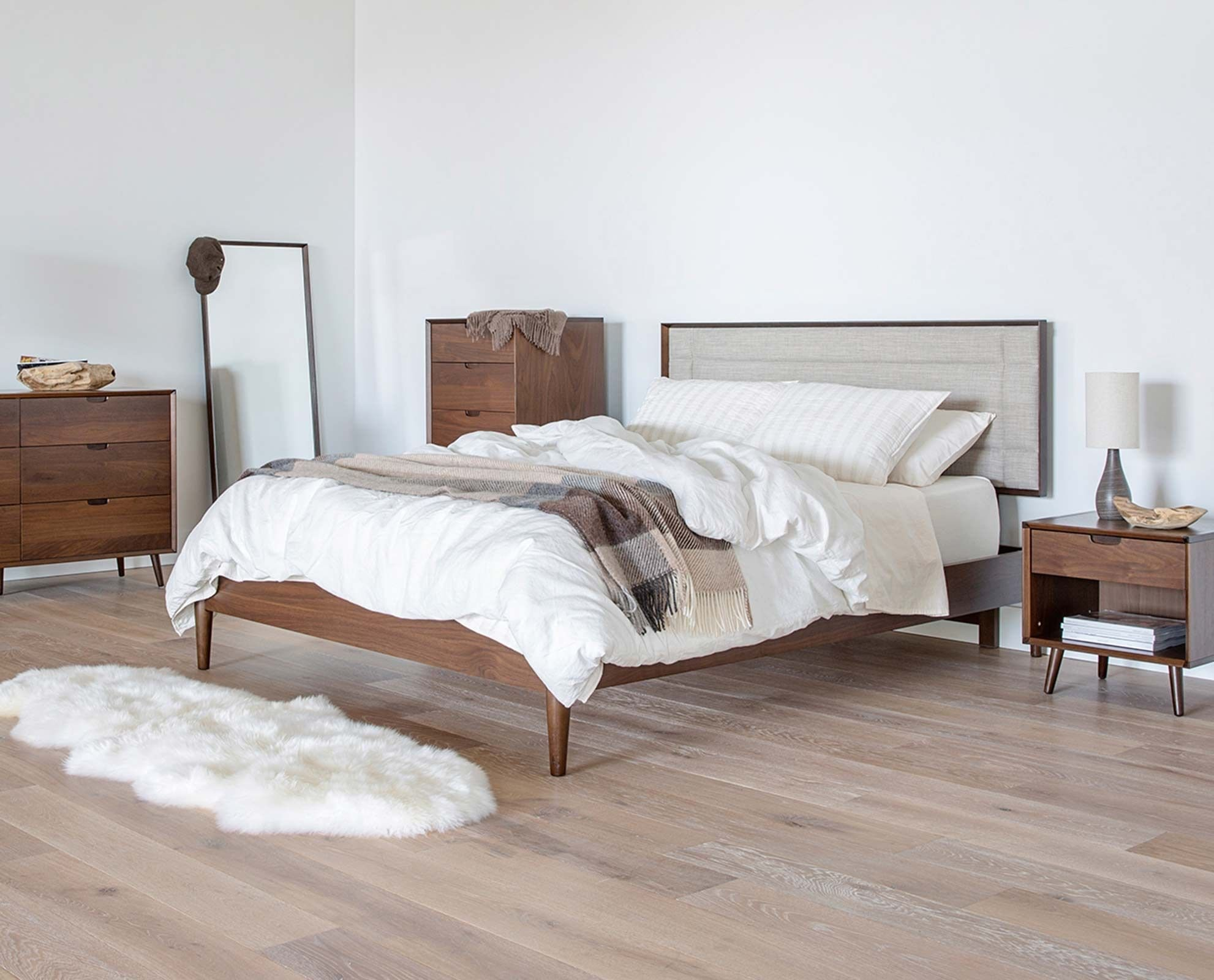 Best Juneau Bedroom Set From Dania Furniture Co With Pictures