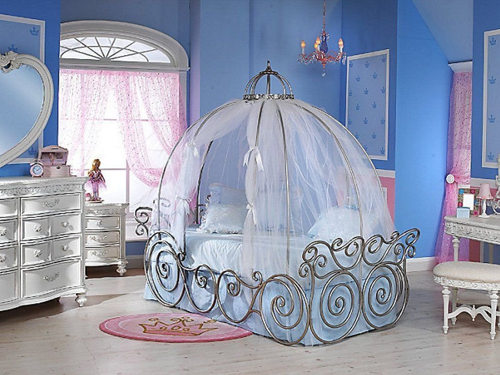 Best Adorable Cinderella Inspired Colorful Girls Bedroom With With Pictures