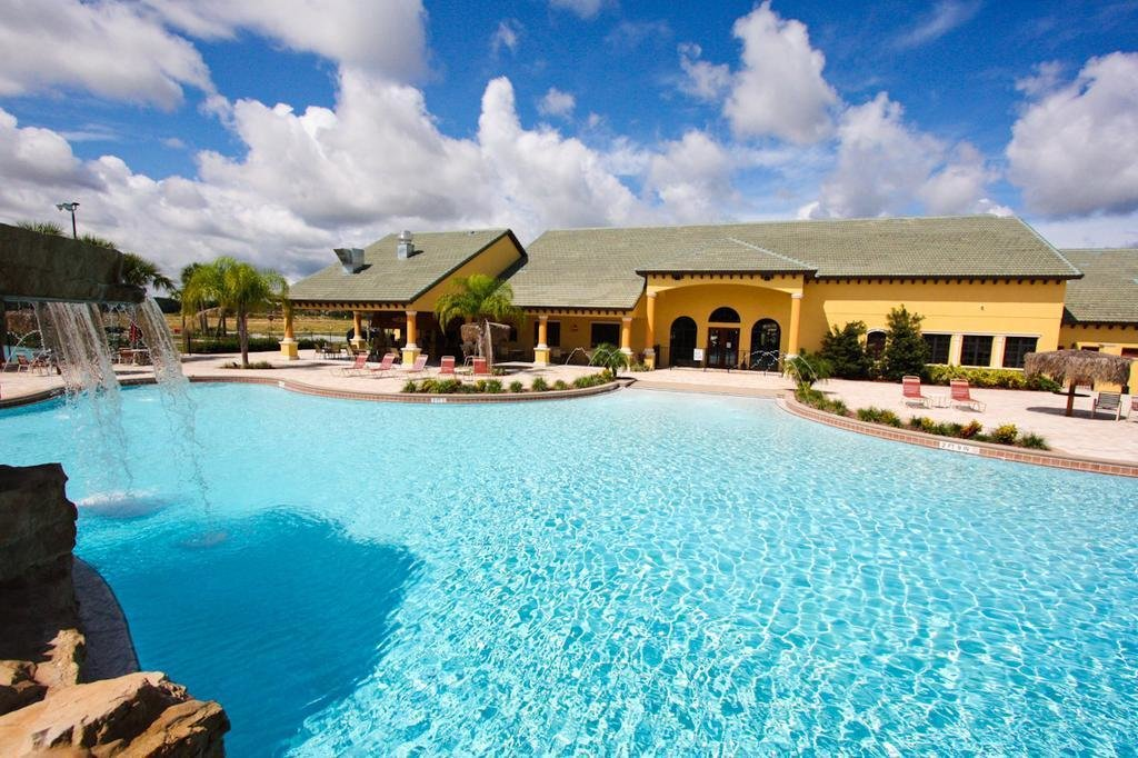 Best Vacation Home 5 Bedrooms Kissimmee Fl Booking Com With Pictures