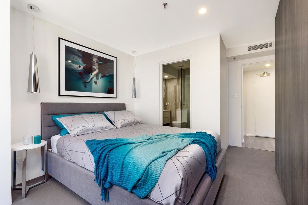 Best Sydney Cbd Modern Two Bedroom Apartment 15Brg Australia With Pictures