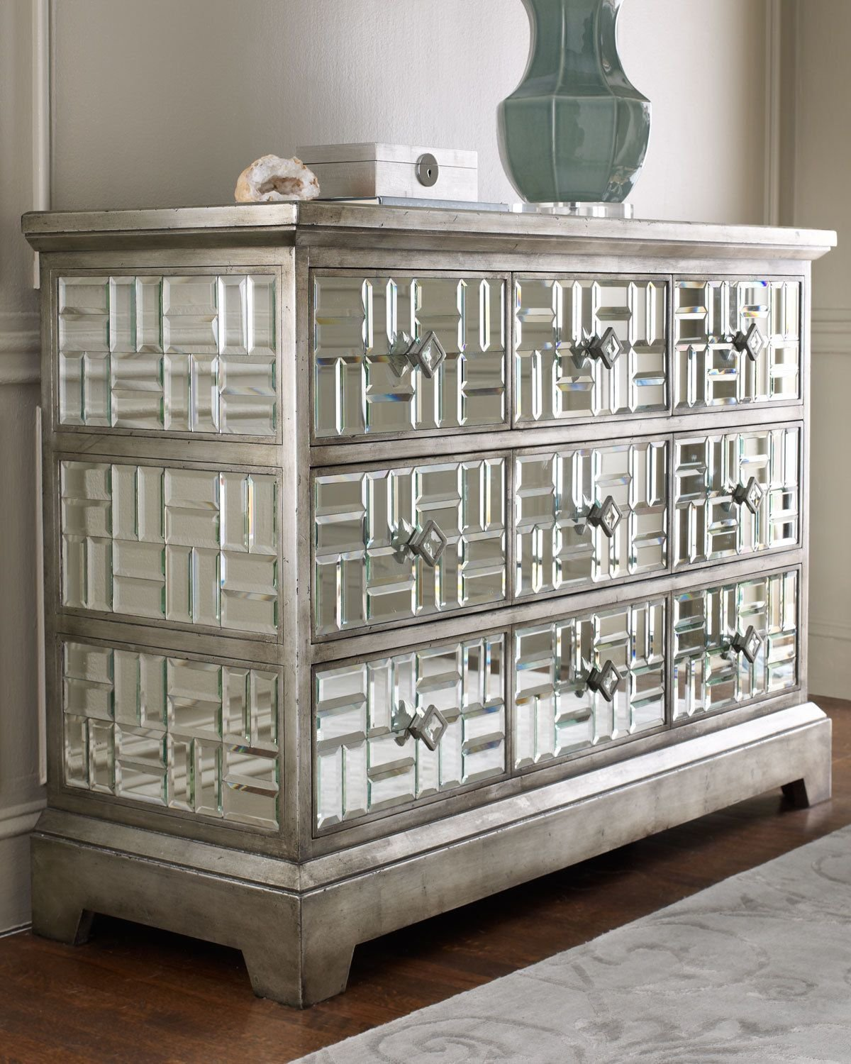 Best Gatsby Beveled Mirrored Chest 5 Drawer Hollywood Regency With Pictures