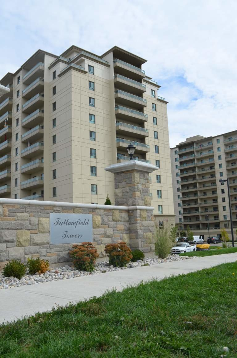 Best Fallowfield Towers Iii Apartments In Kitchener Drewlo With Pictures