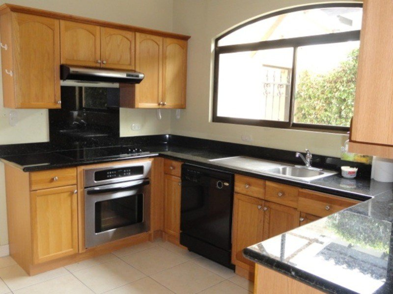 Best 3 Bedroom 2 5 Bathrooms Home With Appliances For Rent In With Pictures