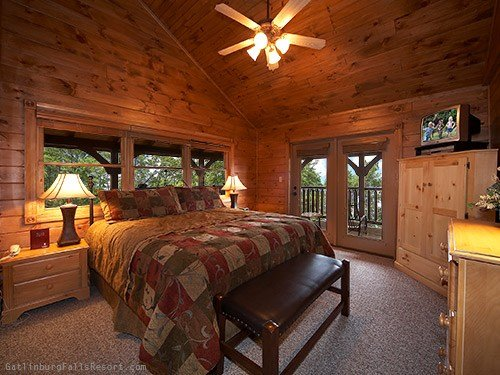 Best Gatlinburg Cabin The Big Kahuna 9 Bedroom Sleeps 32 With Pictures