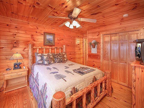 Best Gatlinburg Cabin Smoky Mountain Dreamin 2 Bedroom With Pictures