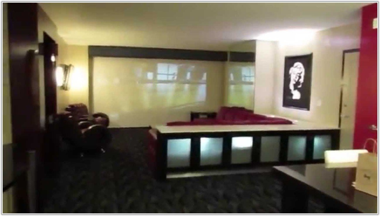 Best 1 Bedroom Suite Elara Las Vegas Bedroom Home With Pictures