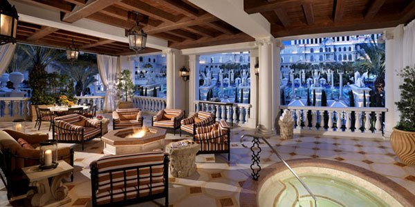 Best Over The Top Vegas Suites Guide To Vegas Vegas Com With Pictures