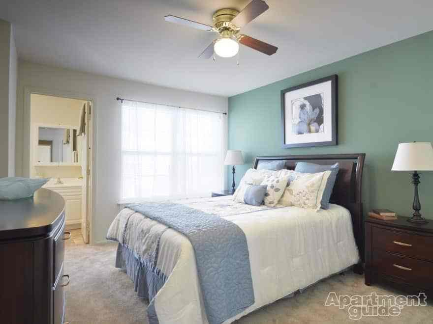 Best What Your Bedroom Wall Color Says About You Apartmentguide Com With Pictures