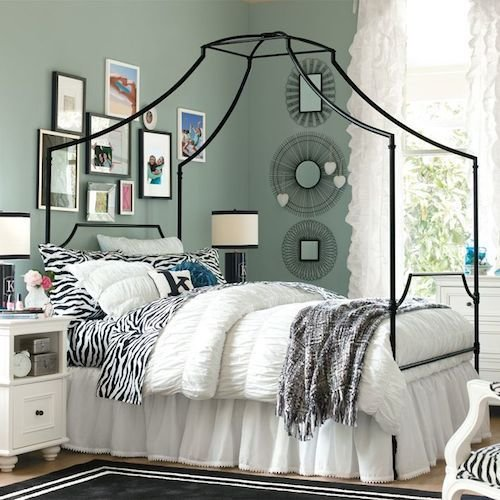 Best Pottery Barn T**N Maison Canopy Bed Copycatchic With Pictures