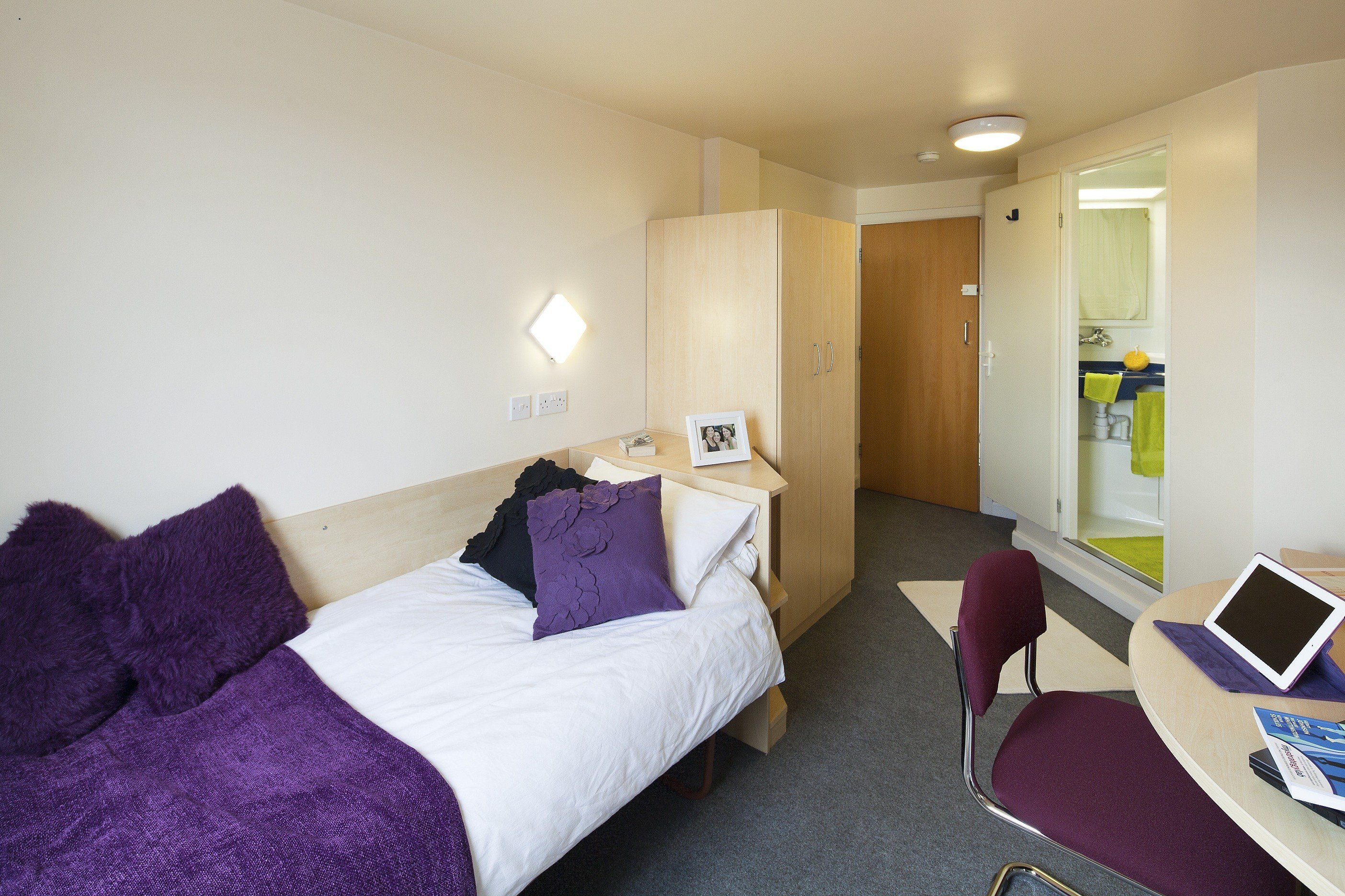 Best Leeds Accommodation *D*Lt English Courses Ces Uk With Pictures