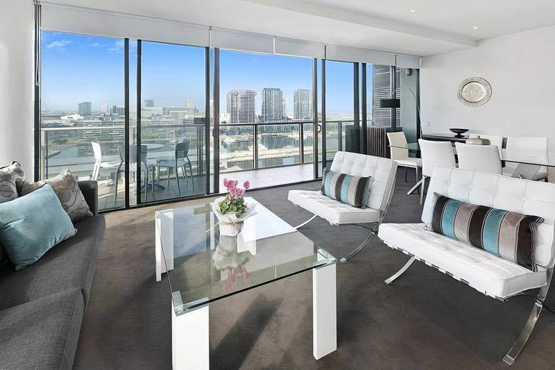 Best Three Bedroom Holiday Apartments Docklands Melbourne With Pictures