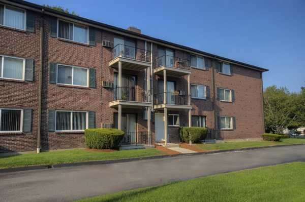 Best Lowell Arms Everyaptmapped Methuen Ma Apartments With Pictures