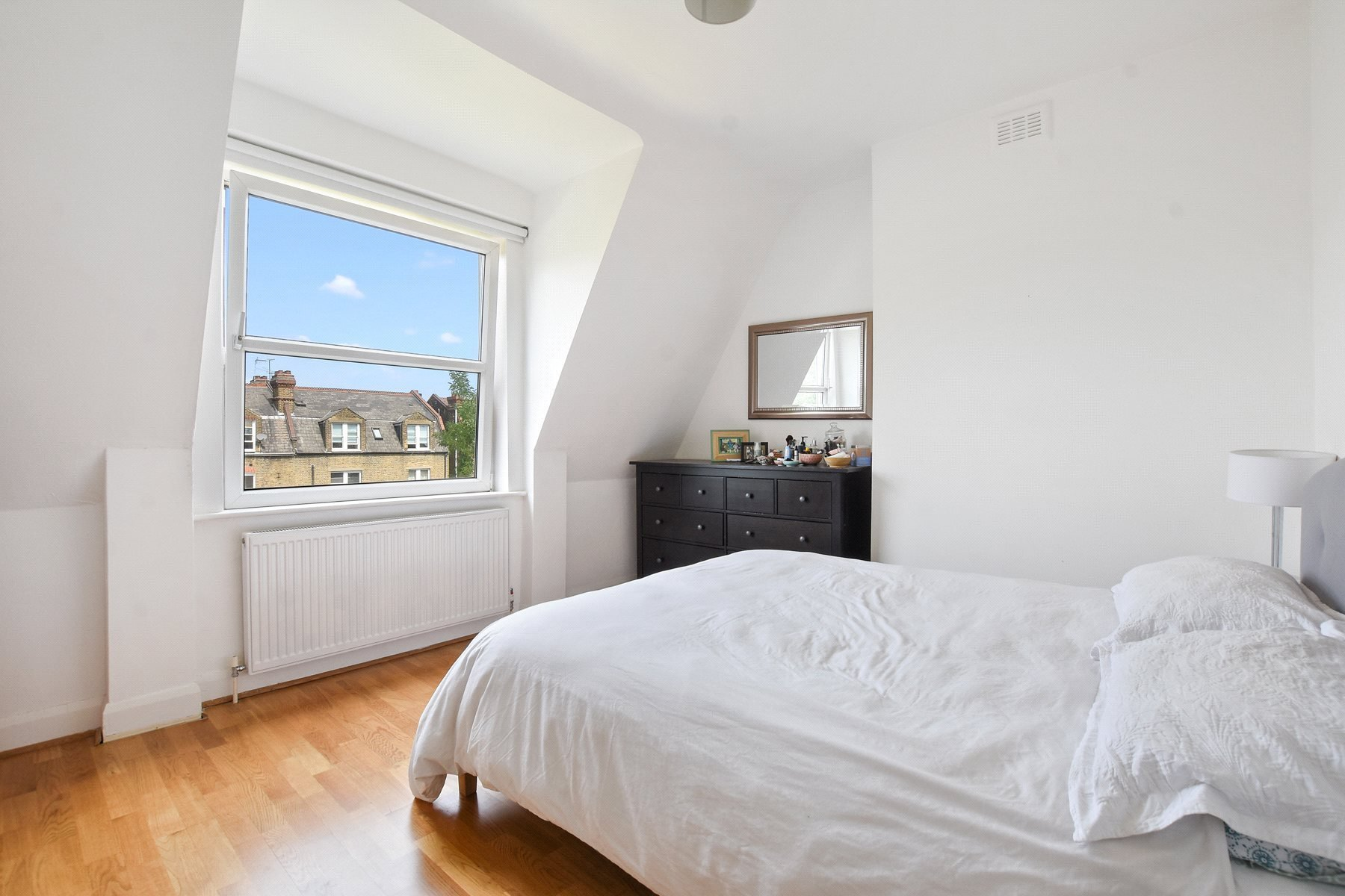 Best 2 Bedroom Apartment To Rent In Brondesbury Villas London With Pictures