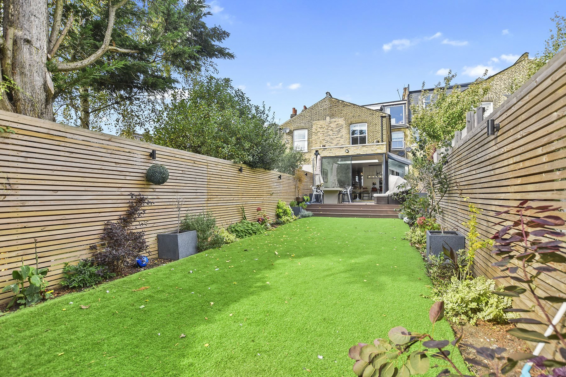 Best 4 Bedroom House For Sale In Okehampton Road Queens Park London Nw10 Ksr150411 Greene Co With Pictures