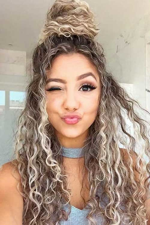 Free Best Long Curly Hairstyles For Women 2019 Hairstyles And Wallpaper