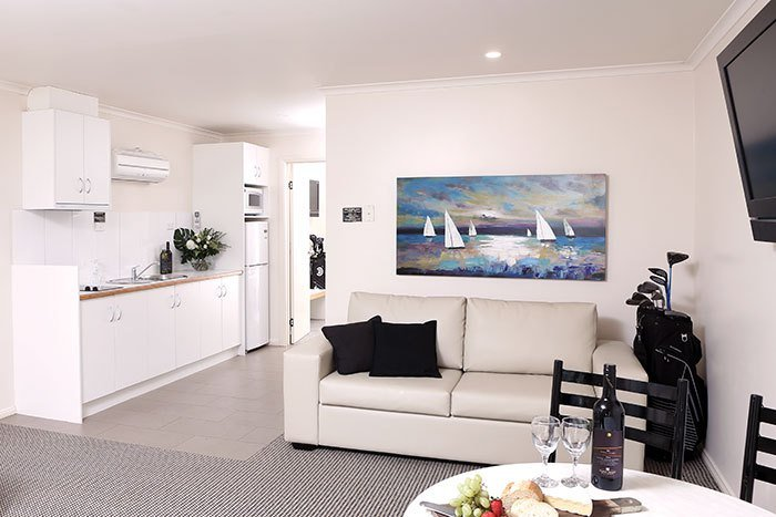 Best Swan Hill Apartment Accommodation At Murray Downs Resort Deluxe 1 Bedroom Apartments With Pictures Original 1024 x 768
