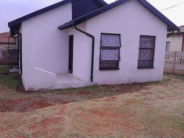 Best 2 Bedroom House For Sale For Sale In Vosloorus Private With Pictures
