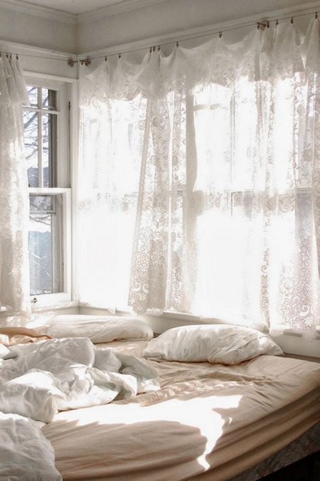 Best How To Make Small Bedroom Look Larger With Pictures