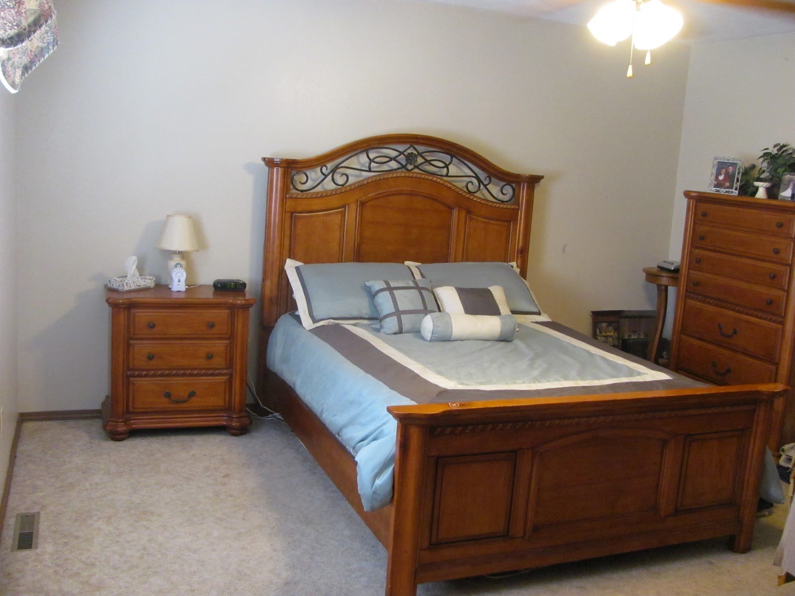Best Standard Bedroom Size Pochiwinebarde Com With Pictures