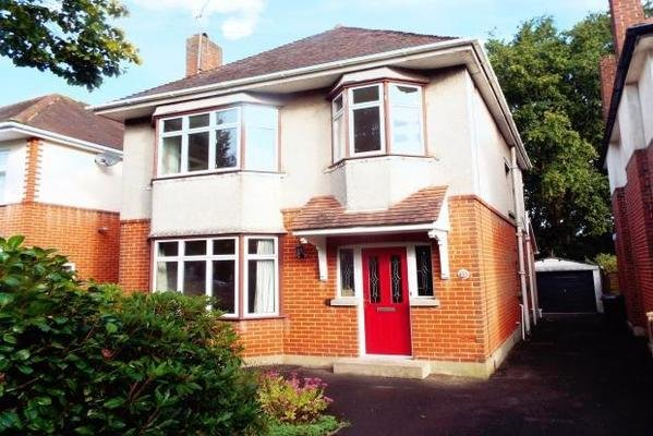 Best 3 Bedroom House Wordsworth Avenue Bournemouth Bh8 9Ns With Pictures