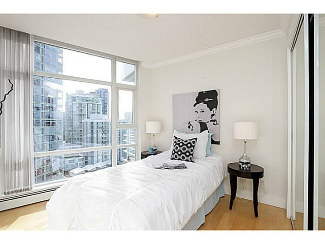 Best 2 Bedroom Condo For Sale In Aquarius Yaletown 1605 189 With Pictures
