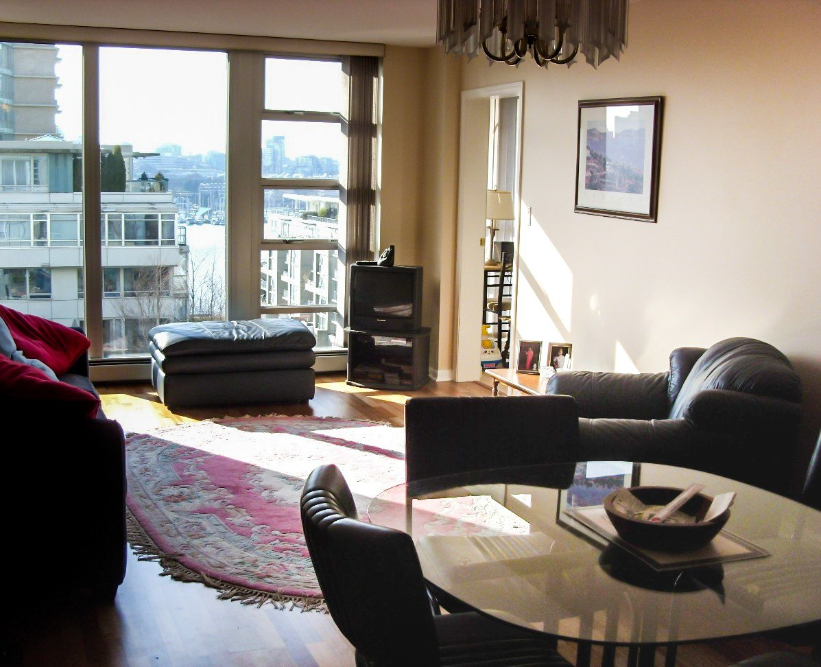 Best 2 Bedroom Apartment For Rent In The Crestmark Vancouver With Pictures