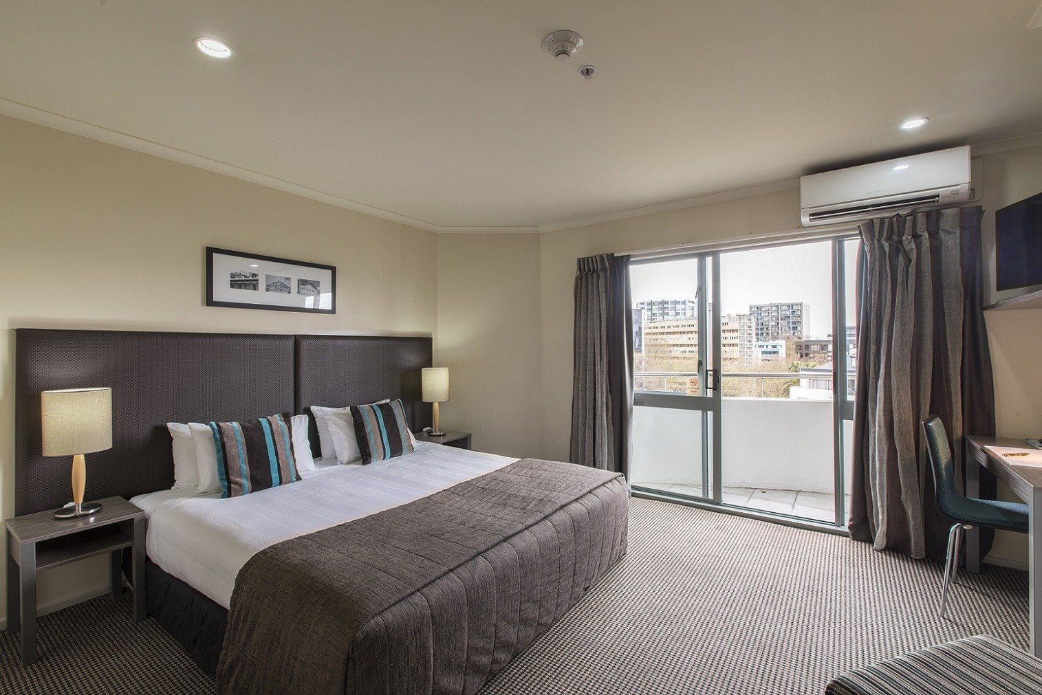 Best Auckland Serviced Apartments Accommodation Quest With Pictures