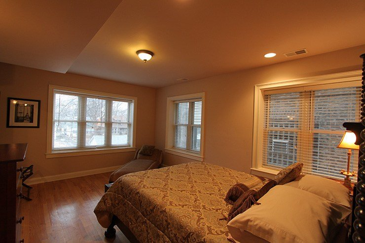 Best Tree Top Condo – Residence On The Avenue With Pictures