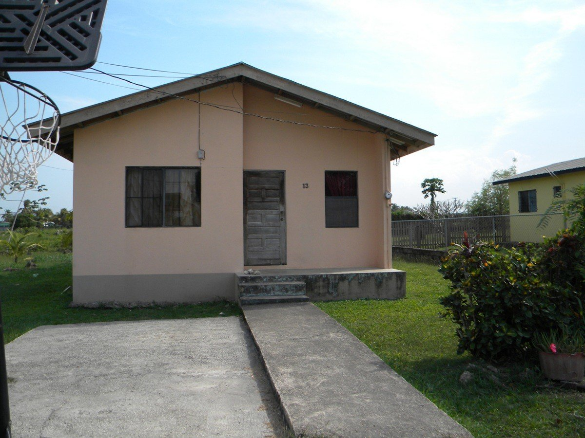 Best 2 Bedroom 1 Bathroom House Buy Belize Real Estate With Pictures Original 1024 x 768
