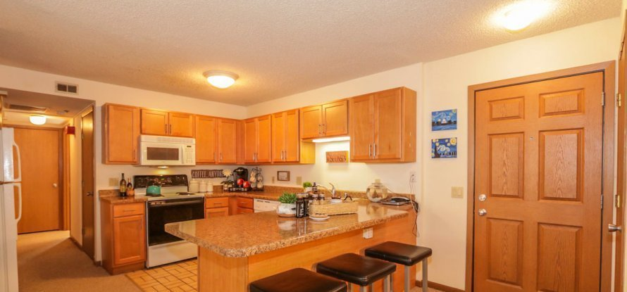 Best 3 Bedroom Apartments Madison Wi Sportntalks Home Design With Pictures
