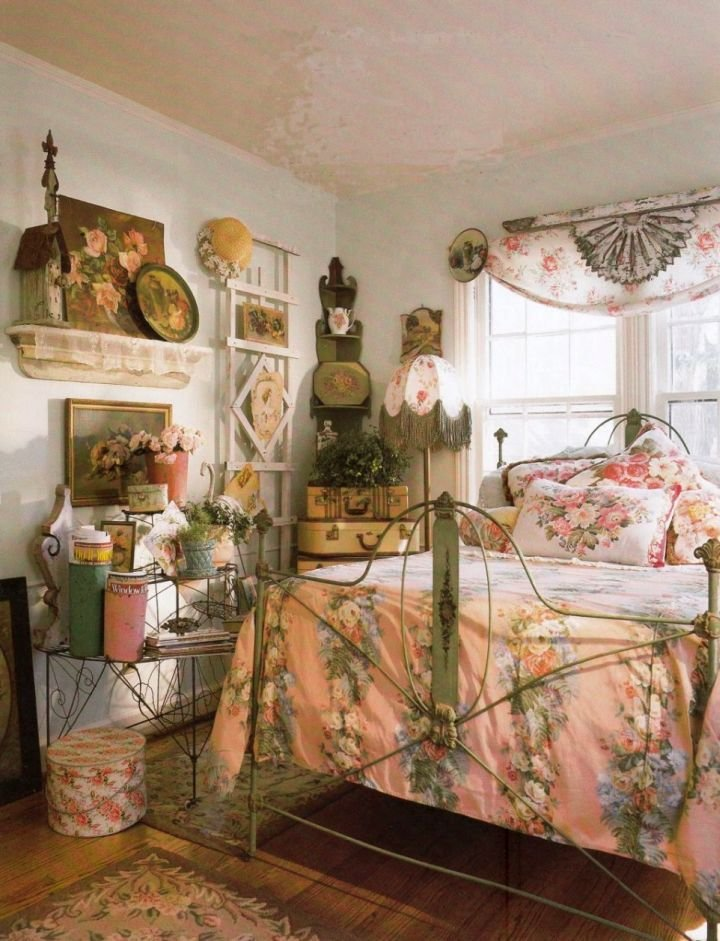 Best 18 Chic Vintage Bedroom Decoration Ideas With Pictures