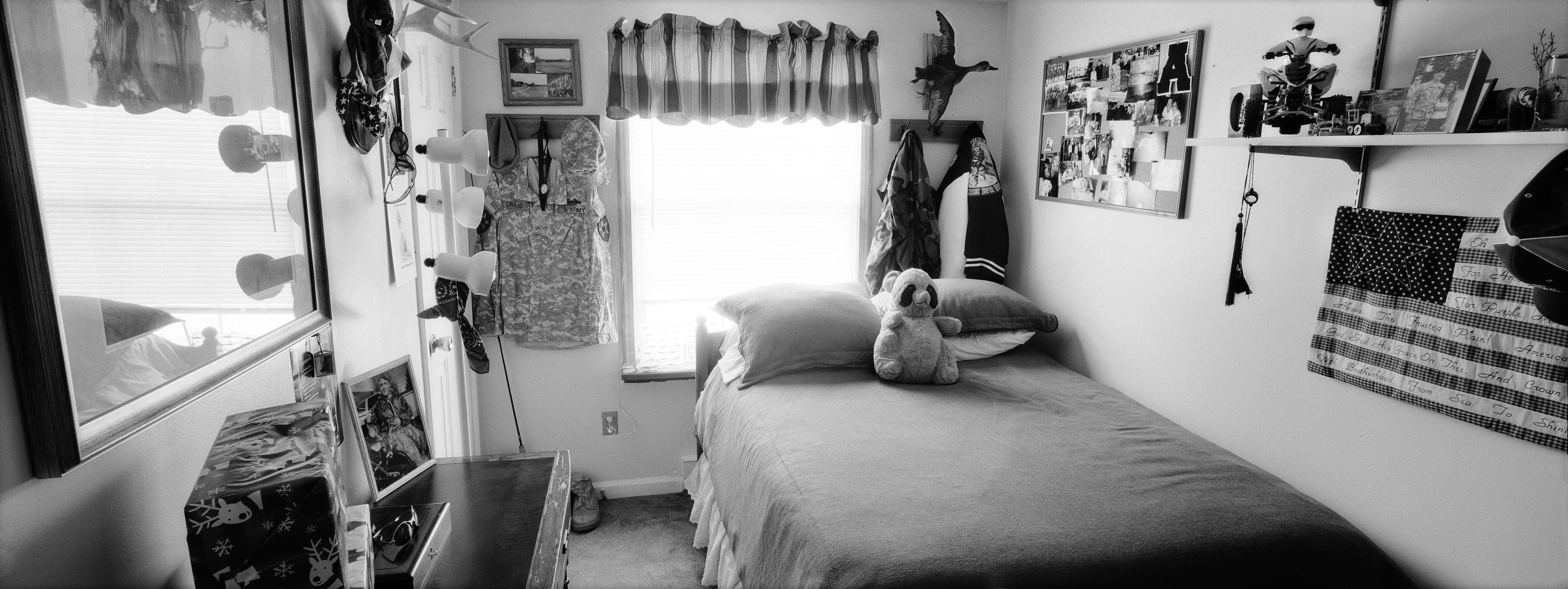 Best Bedrooms Of The Fallen My Friend S House With Pictures