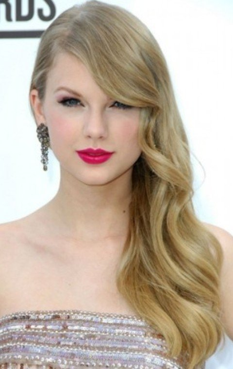 Free 26 Taylor Swift Hairstyles Celebrity Taylor S Hairstyles Wallpaper