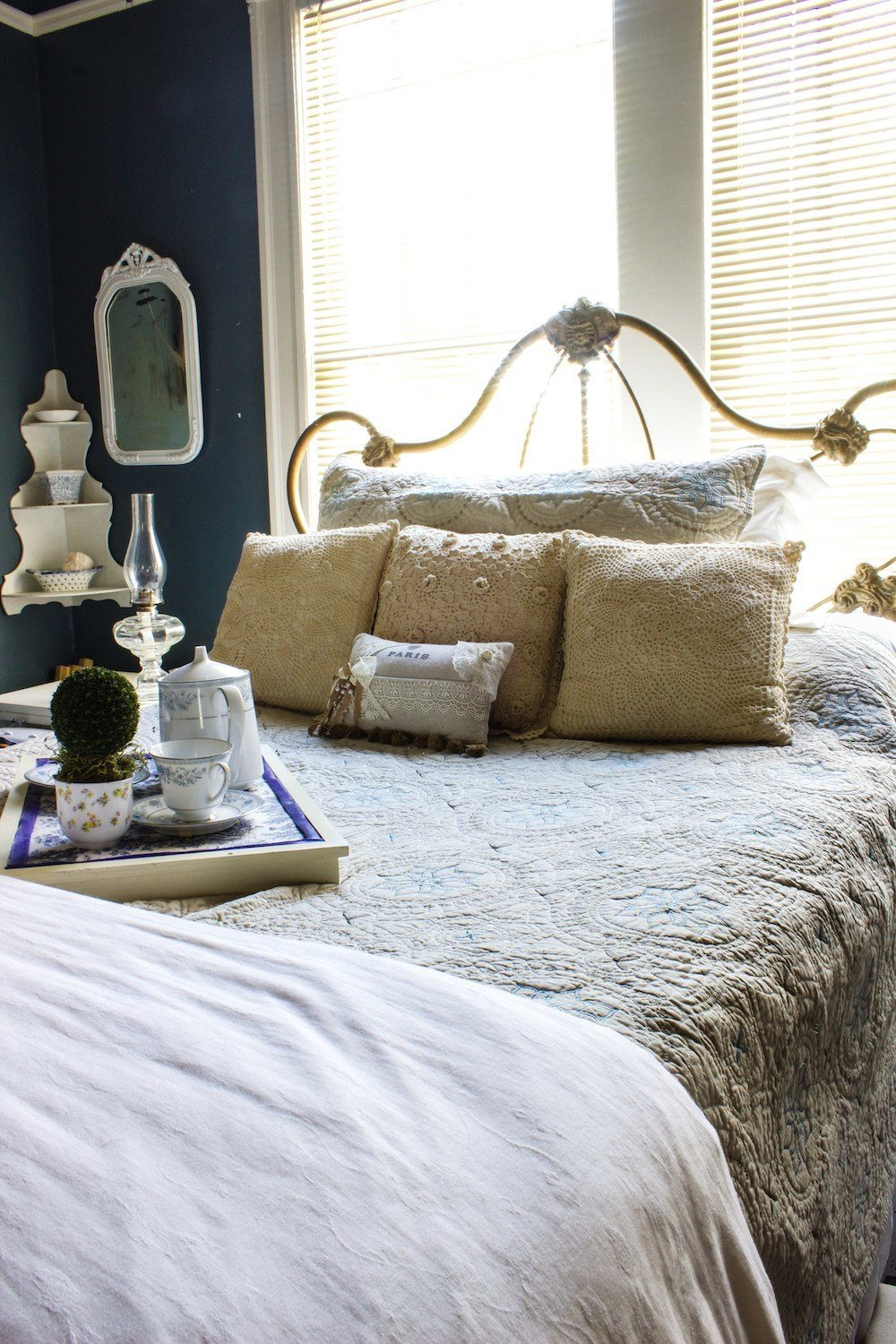 Best Guest Bedroom Winter Decor A Delightsome Life With Pictures