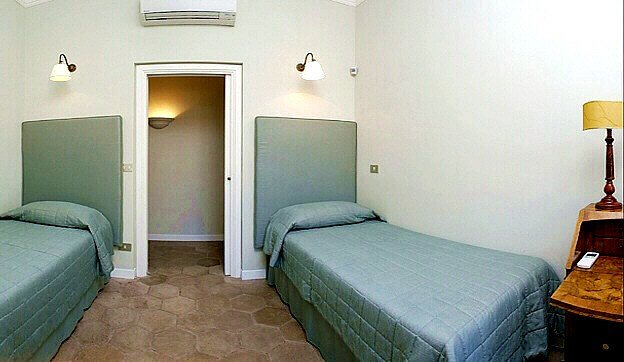 Best Rome Campo De Fiori Tortoise Three Bedroom Apartment With With Pictures