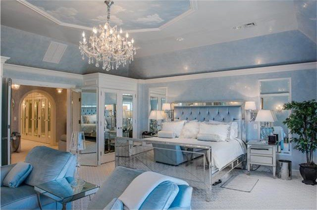 Best This 2 85M Weston Listing Has One Of The Most Glam Master With Pictures