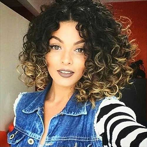 Free 25 Super Short Haircuts For Curly Hair Short Hairstyles Wallpaper