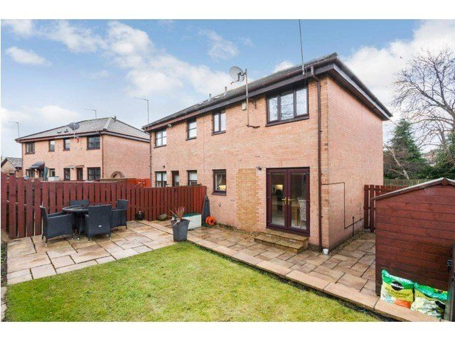Best 2 Bedroom House For Sale Crownhall Place Sandyhills With Pictures
