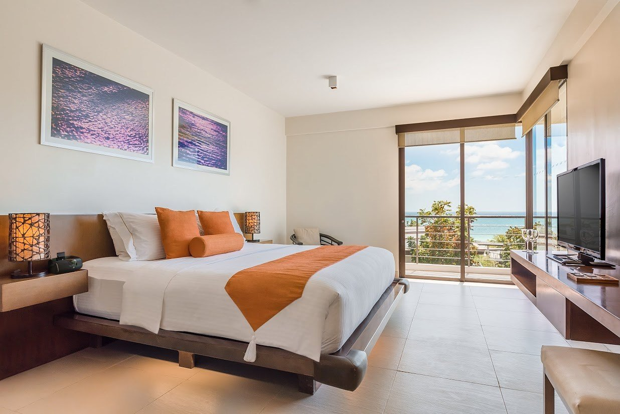 Best Two Bedroom Suite With Pictures