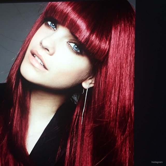 Free Karlie Kloss Barbara Palvin With Red Hair For L Oreal Wallpaper