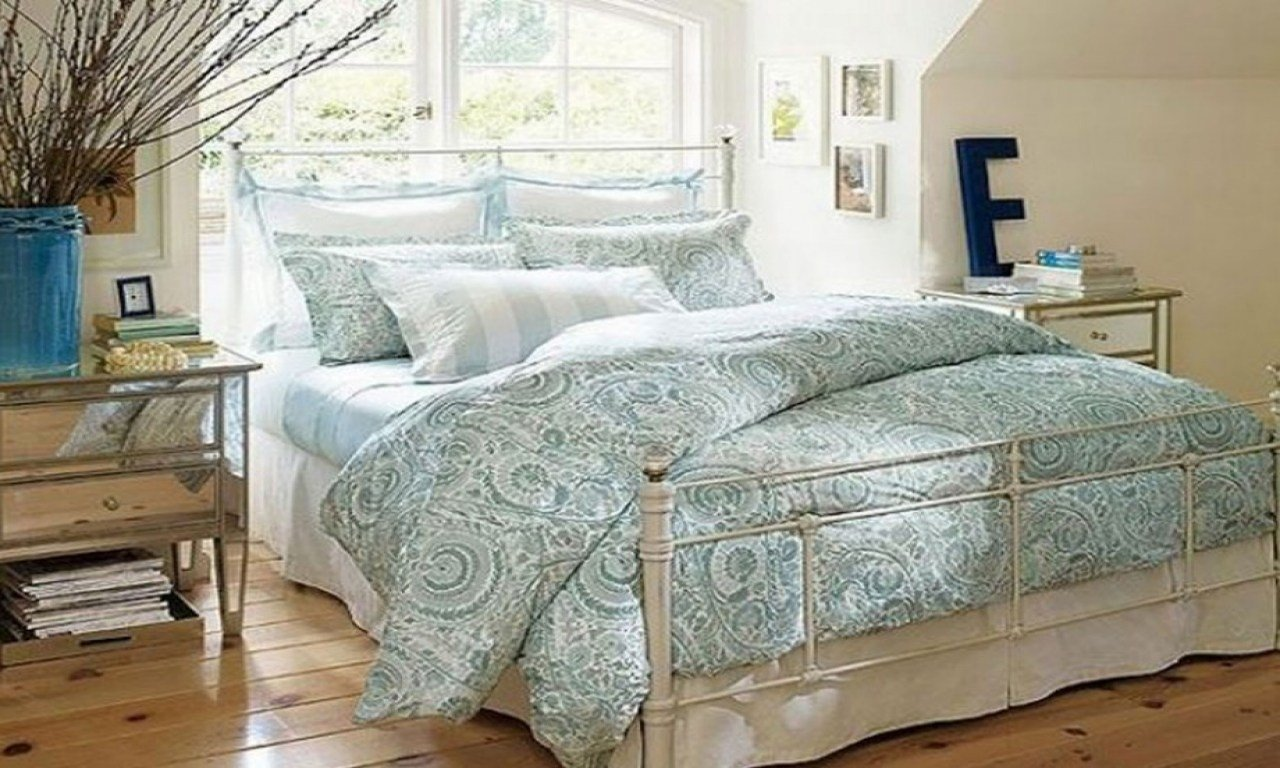 Best Women Bedroom Furniture Small Bedroom Ideas For Women With Pictures