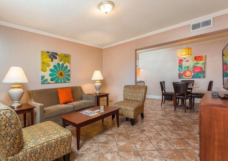 Best Suites And Rooms French Quarter Suites Hotel With Pictures